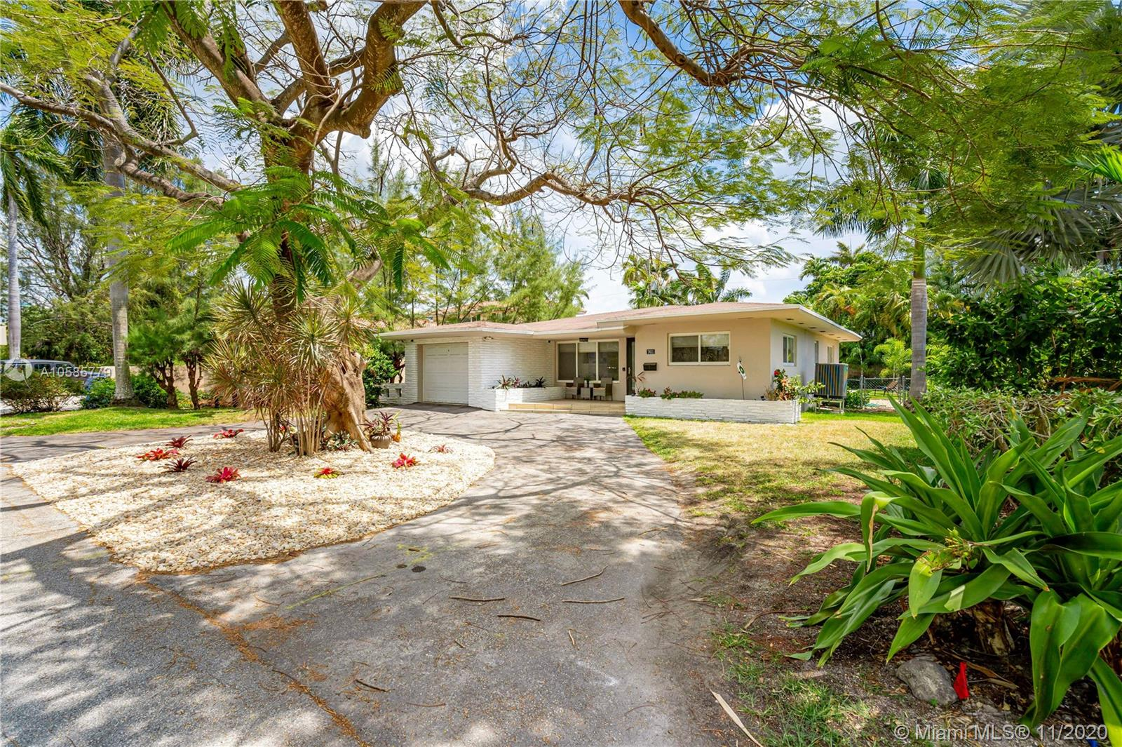 Image 7 For 7611 Coquina Dr