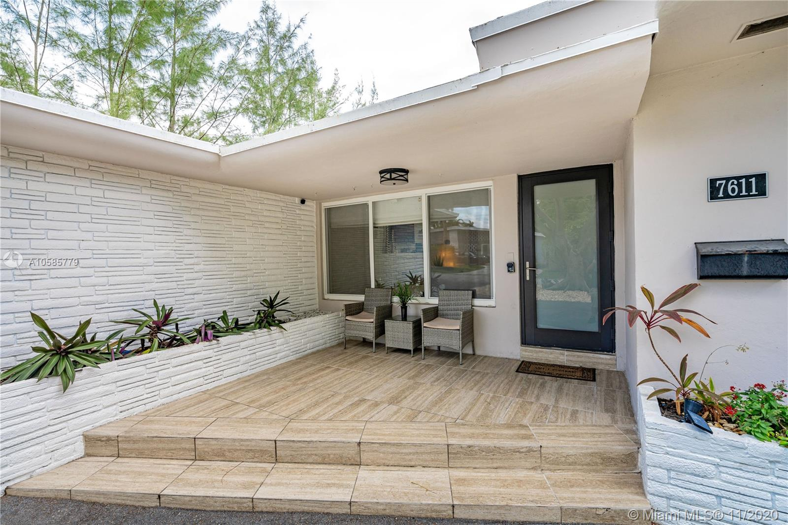 Image 9 For 7611 Coquina Dr