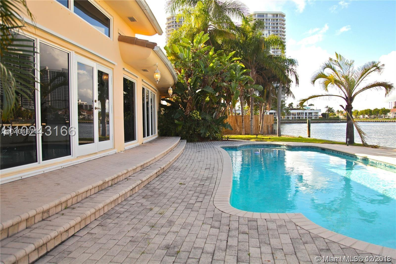 451  Center Island Dr  For Sale A10587945, FL