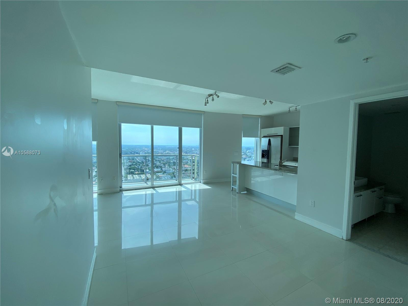 185 SW 7th St #4200 For Sale A10588073, FL