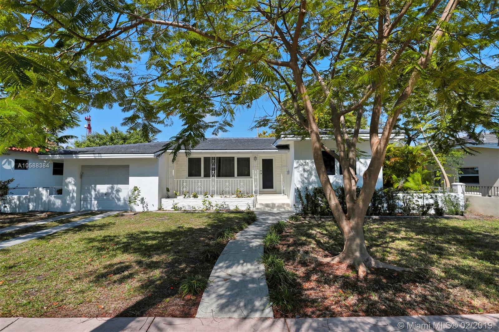 23  Santander Ave  For Sale A10588384, FL