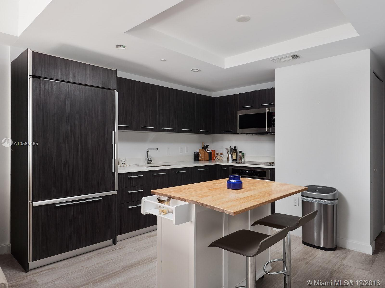 45 S W 9th St #3305 For Sale A10588465, FL