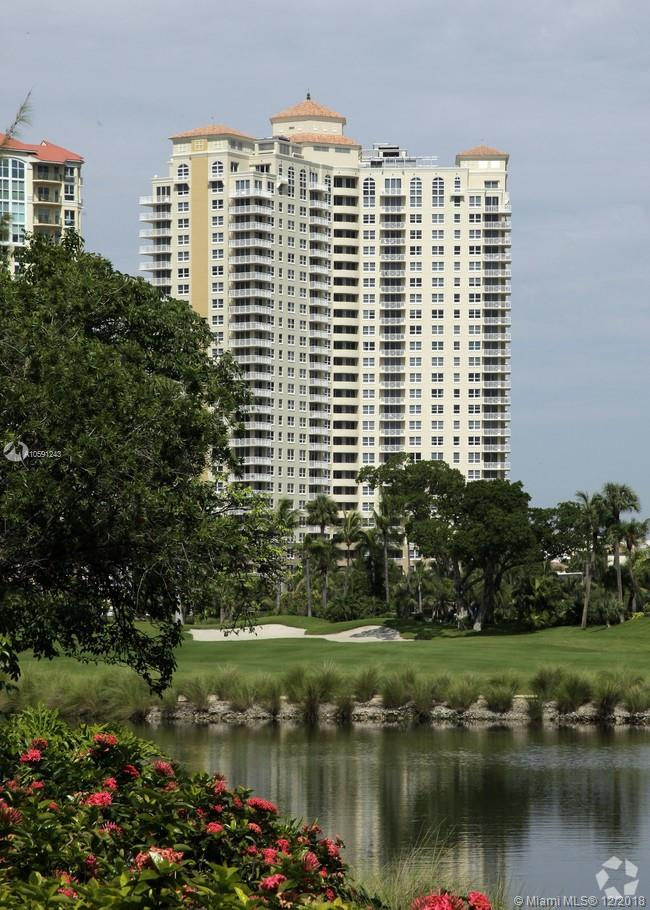 19501 W Country Club Dr #406 For Sale A10591243, FL