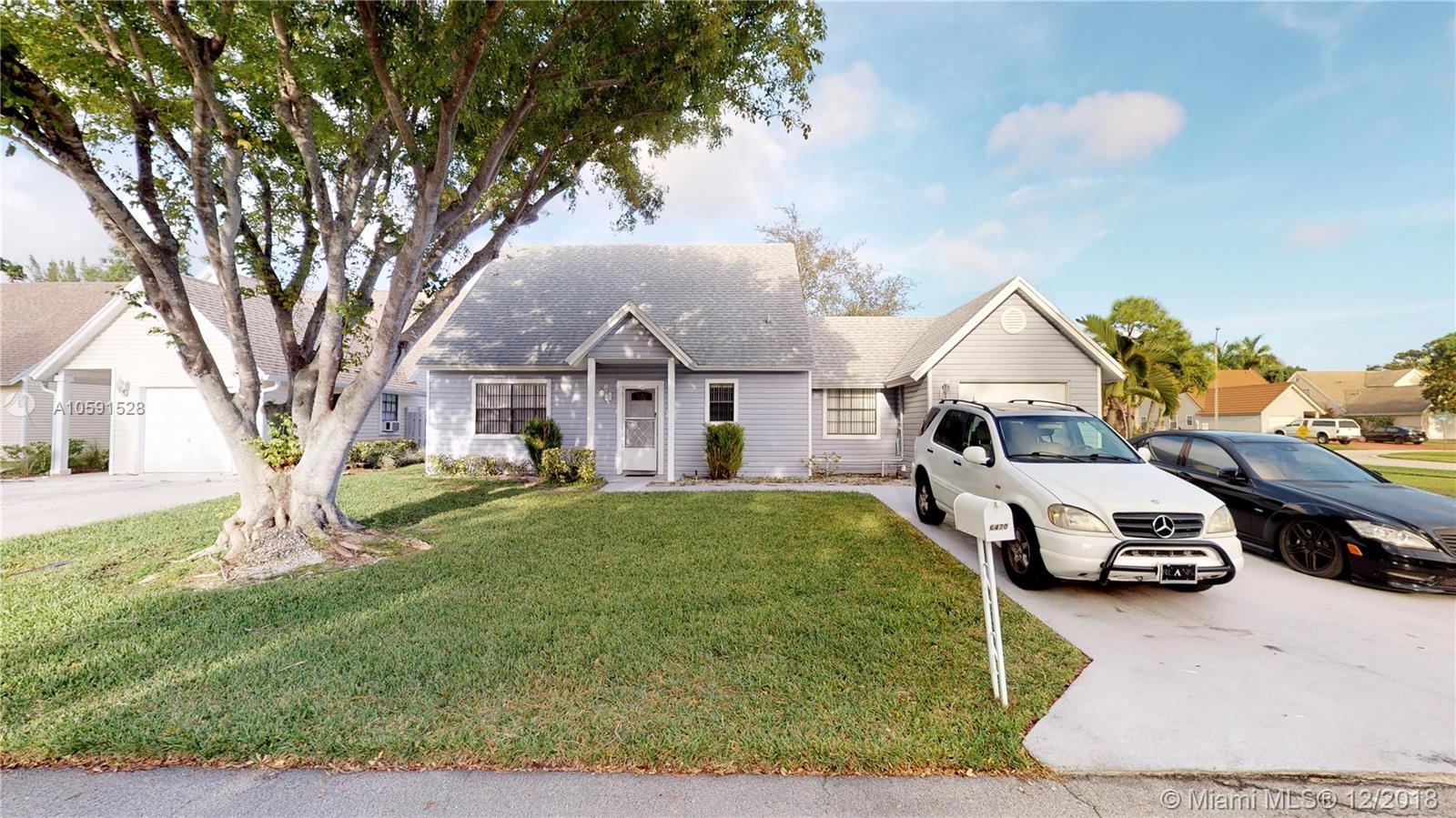 6470 Pinyon Pine Ct, Lake Worth, FL 33462