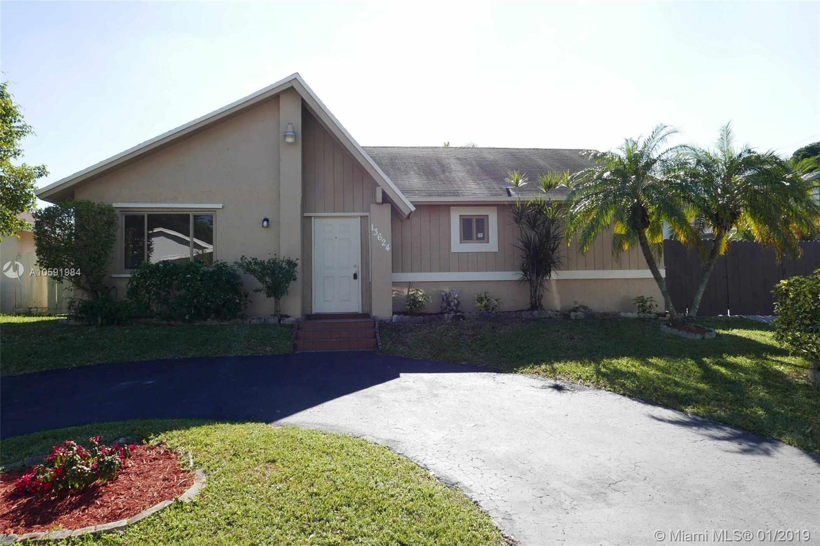 13624 SW 287th Ln  For Sale A10591984, FL