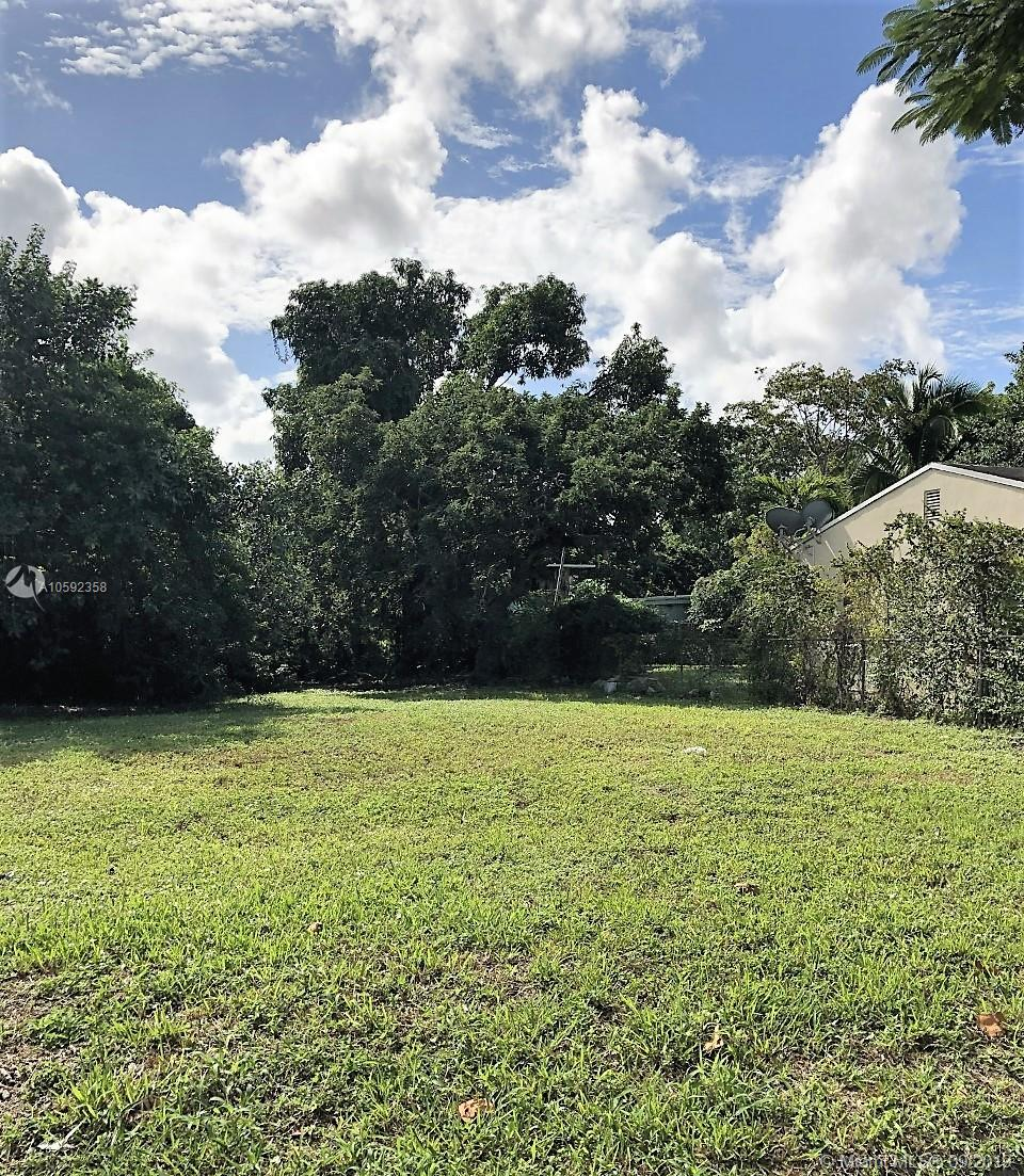 38 NW 50th St  For Sale A10592358, FL