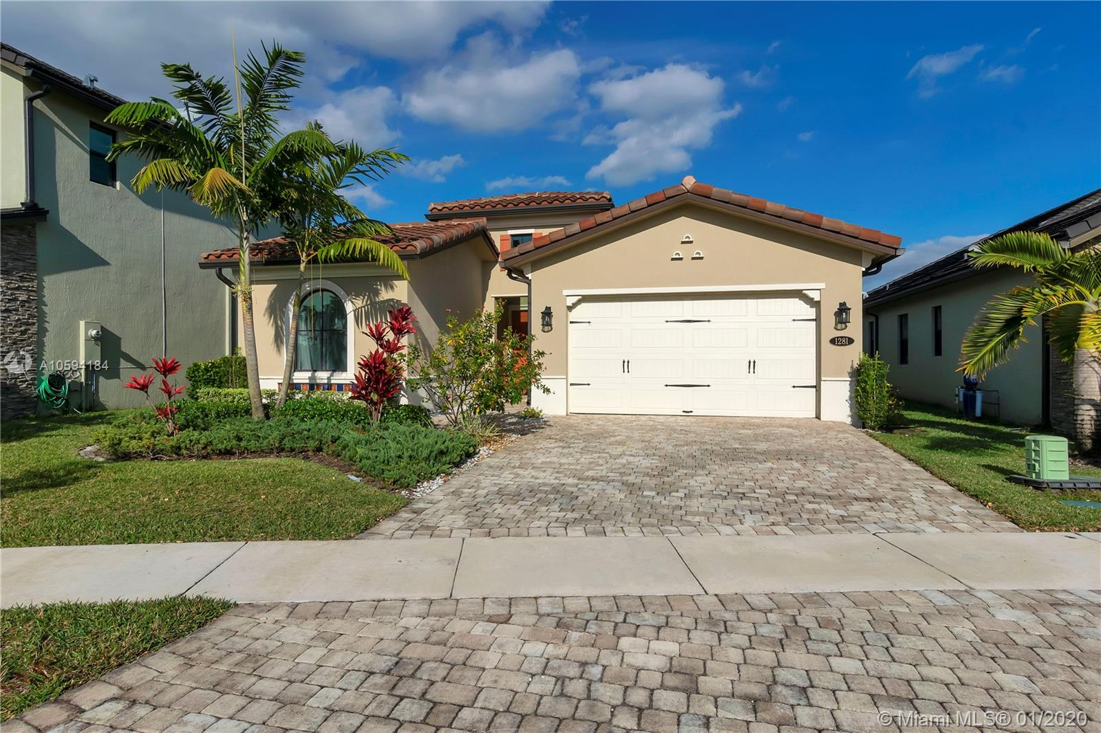1281 SW 113th Way, Pembroke Pines, FL 33025