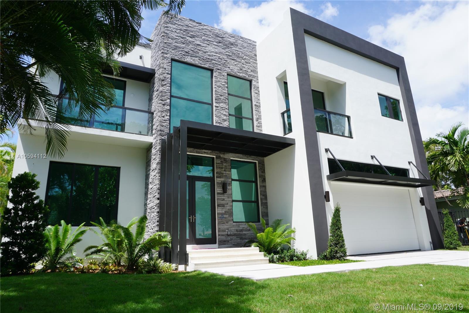 13200 Coronado Ln, North Miami, FL 33181