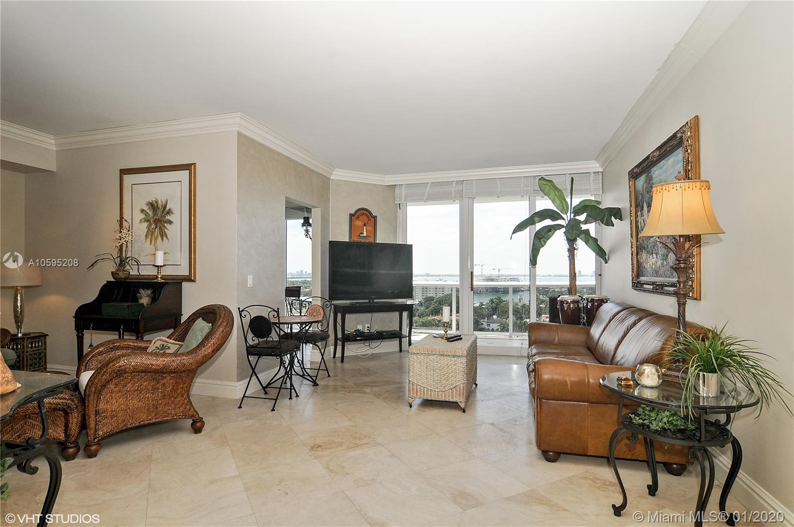 4775  Collins Ave   1506