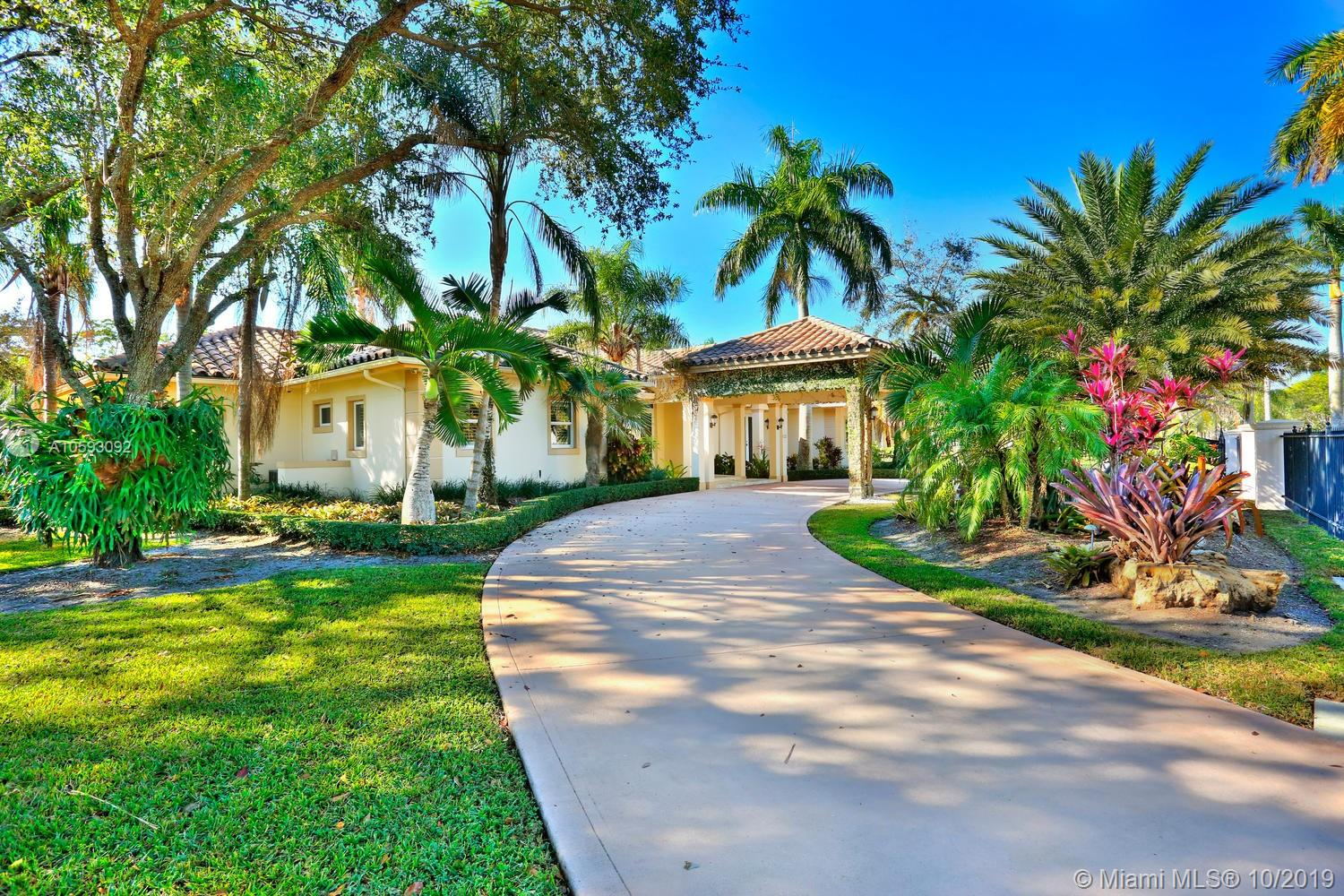 5826 SW 107th St  For Sale A10593092, FL