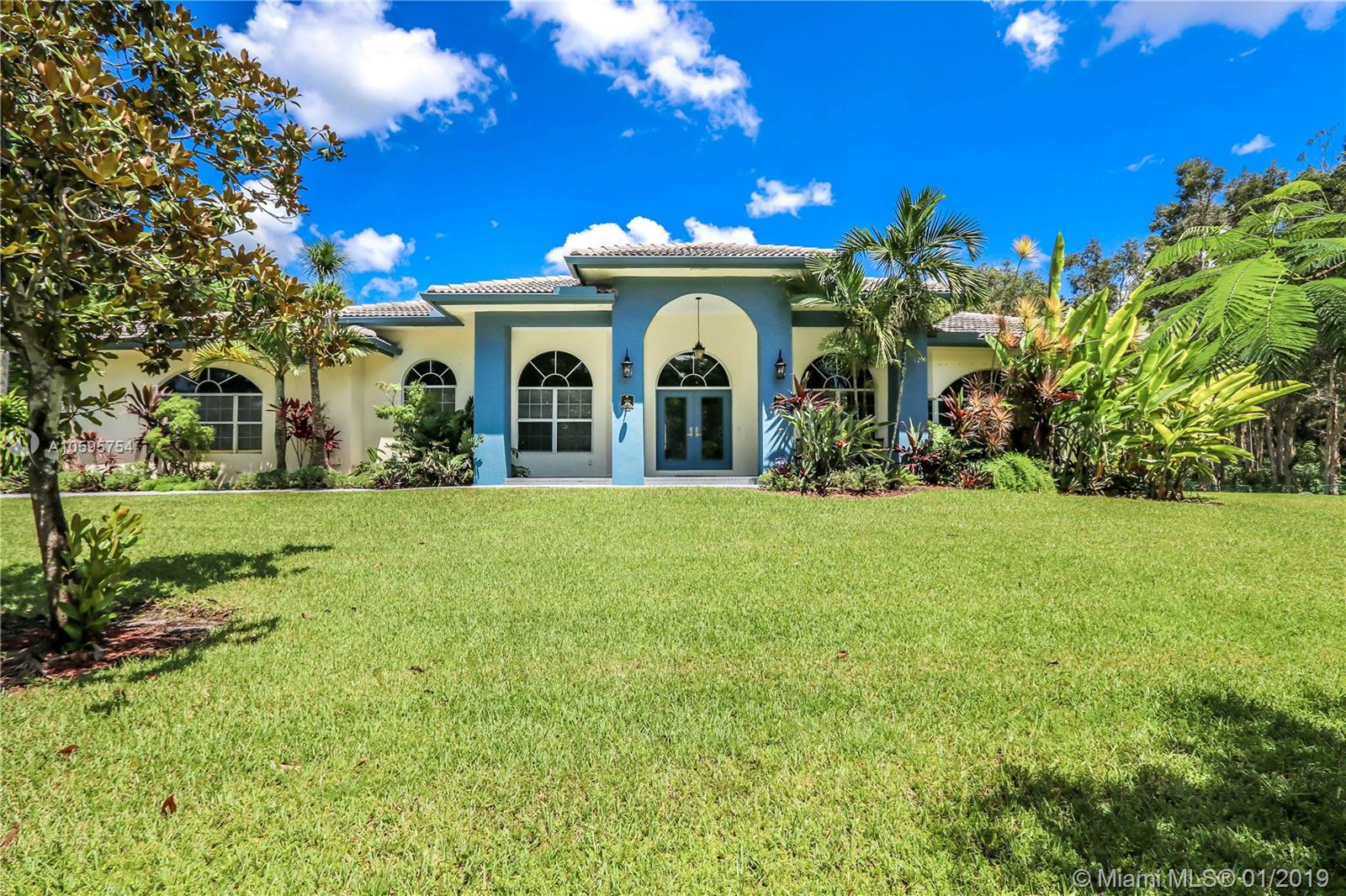 5350 SW 198th Ter  For Sale A10595754, FL