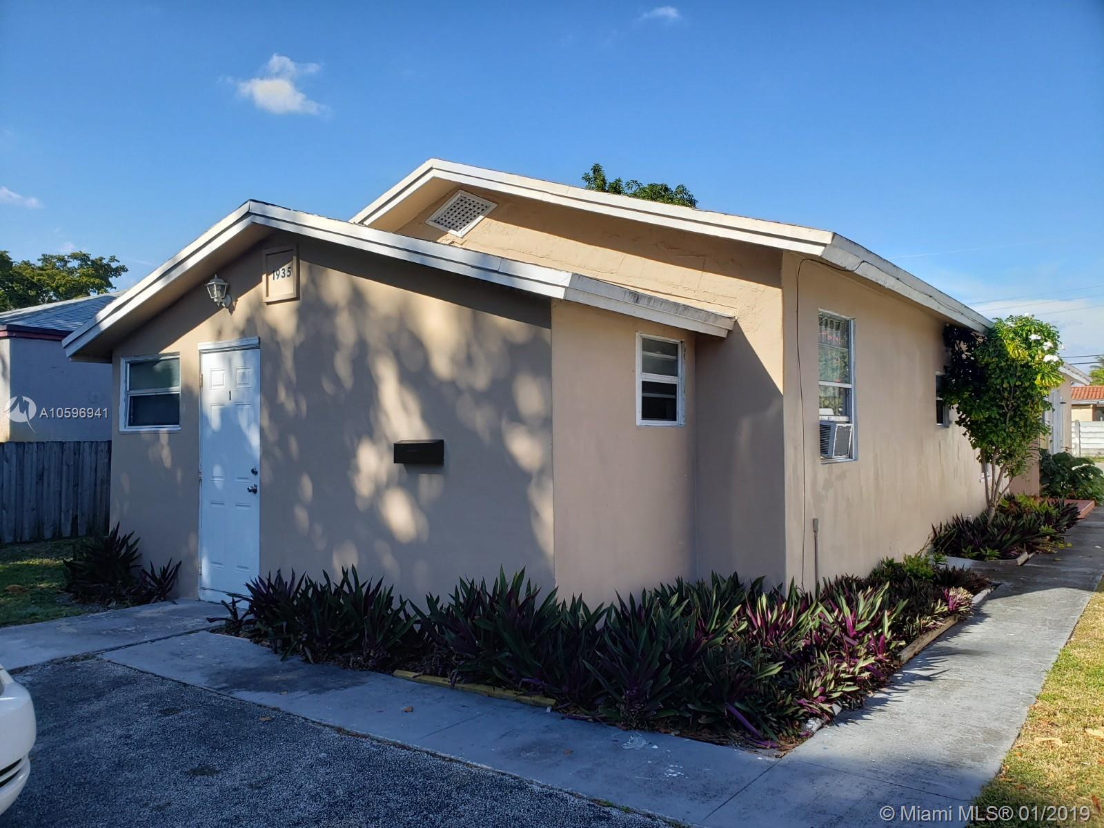 1935  Liberty St  For Sale A10596941, FL