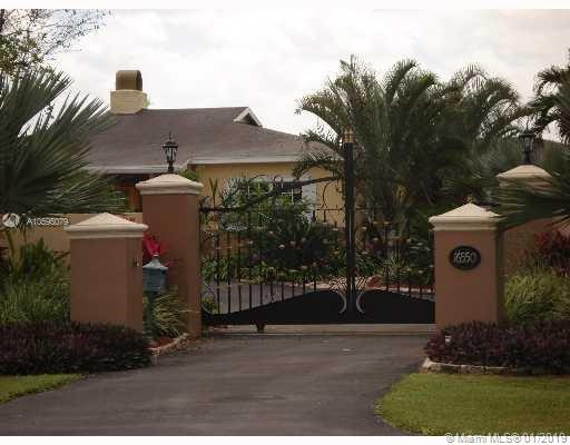 16550 SW 216th St  For Sale A10595079, FL