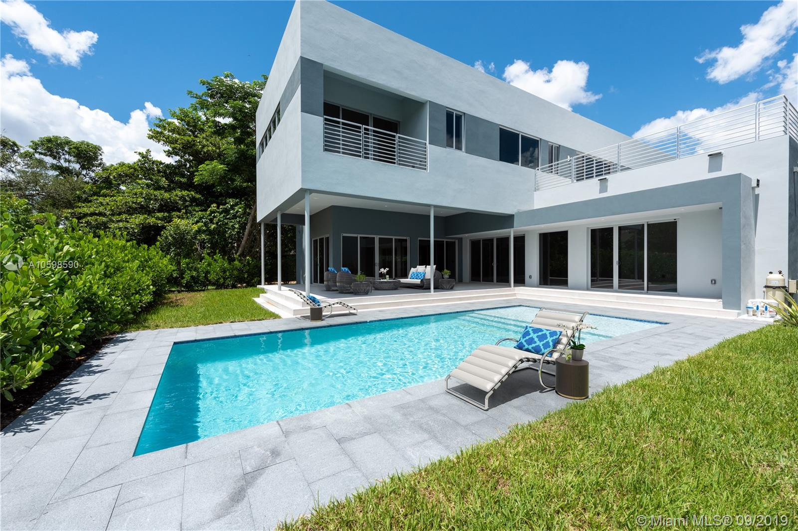 5490 SW 80 St  For Sale A10598590, FL