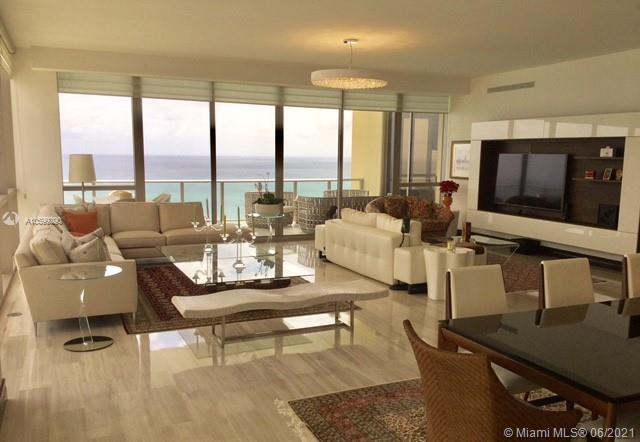 17749  Collins Ave   3401