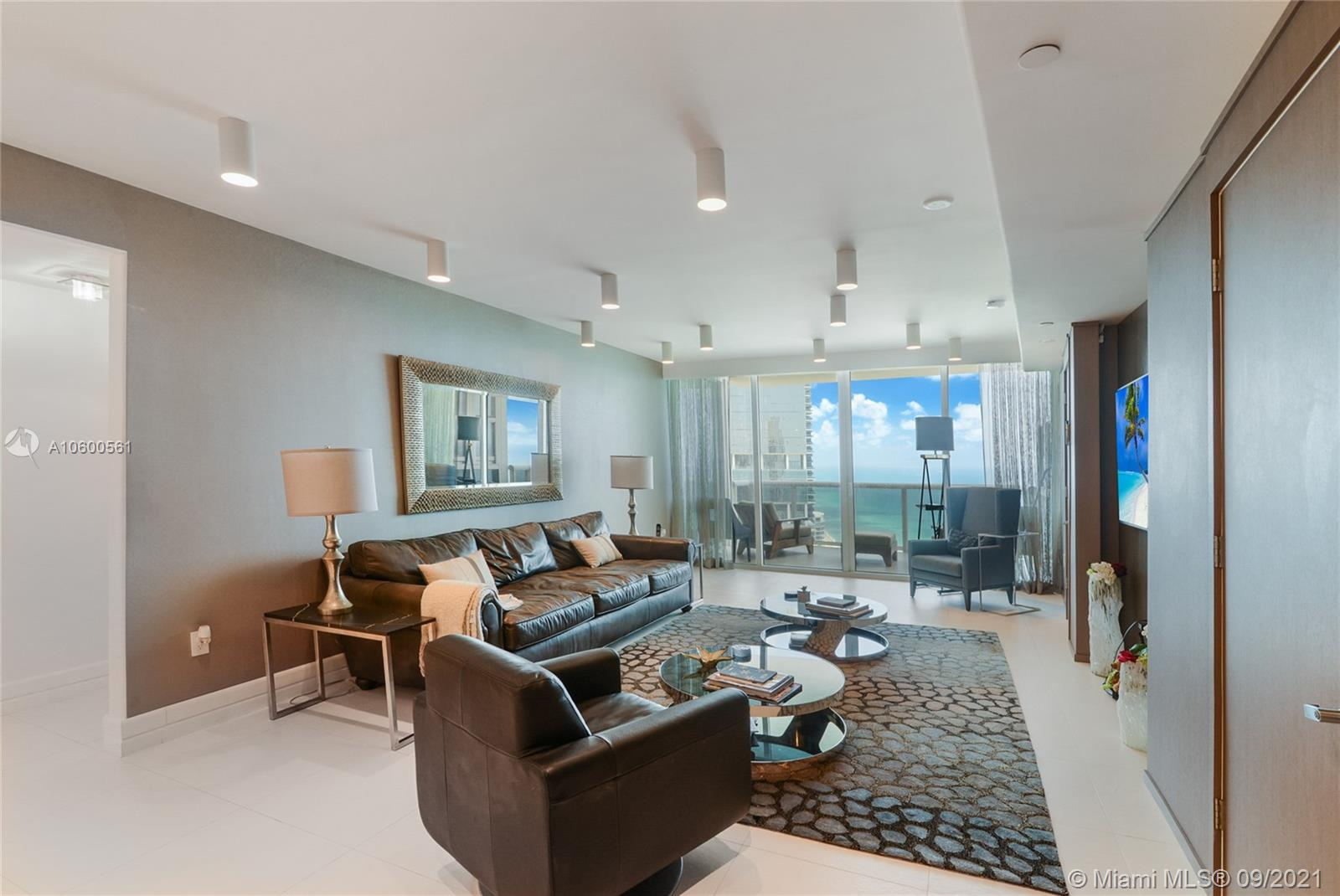 18201  Collins Ave #5204 For Sale A10600561, FL