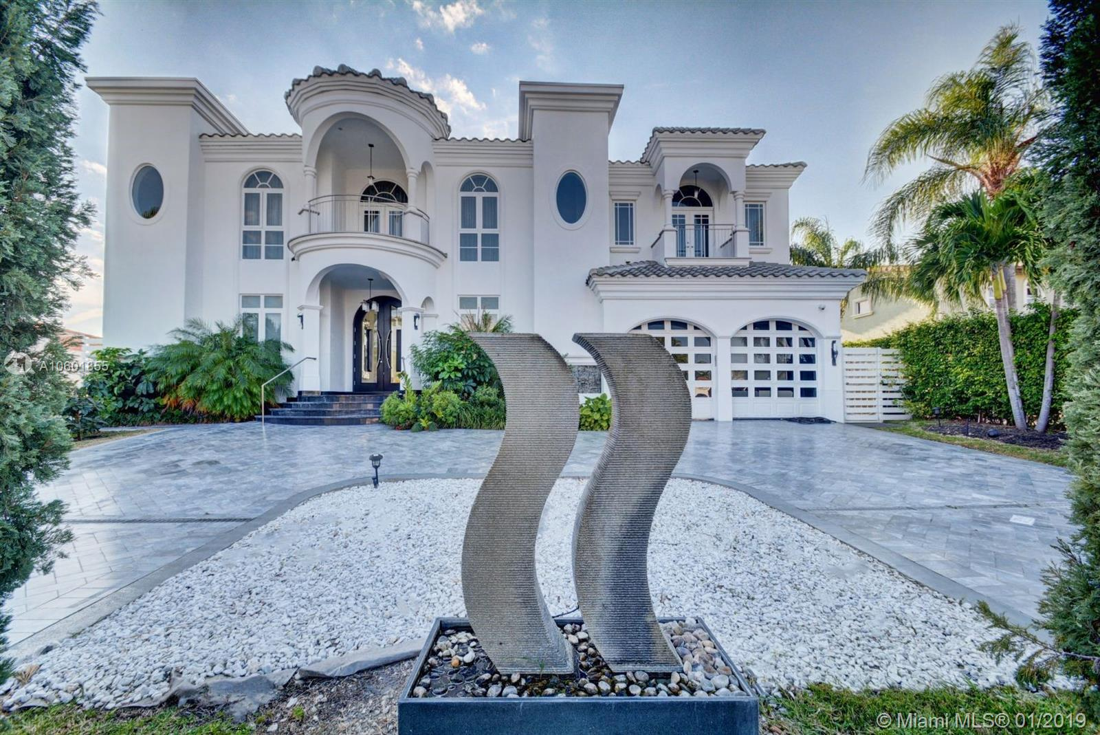 16444 NE 33rd Ave  For Sale A10601855, FL