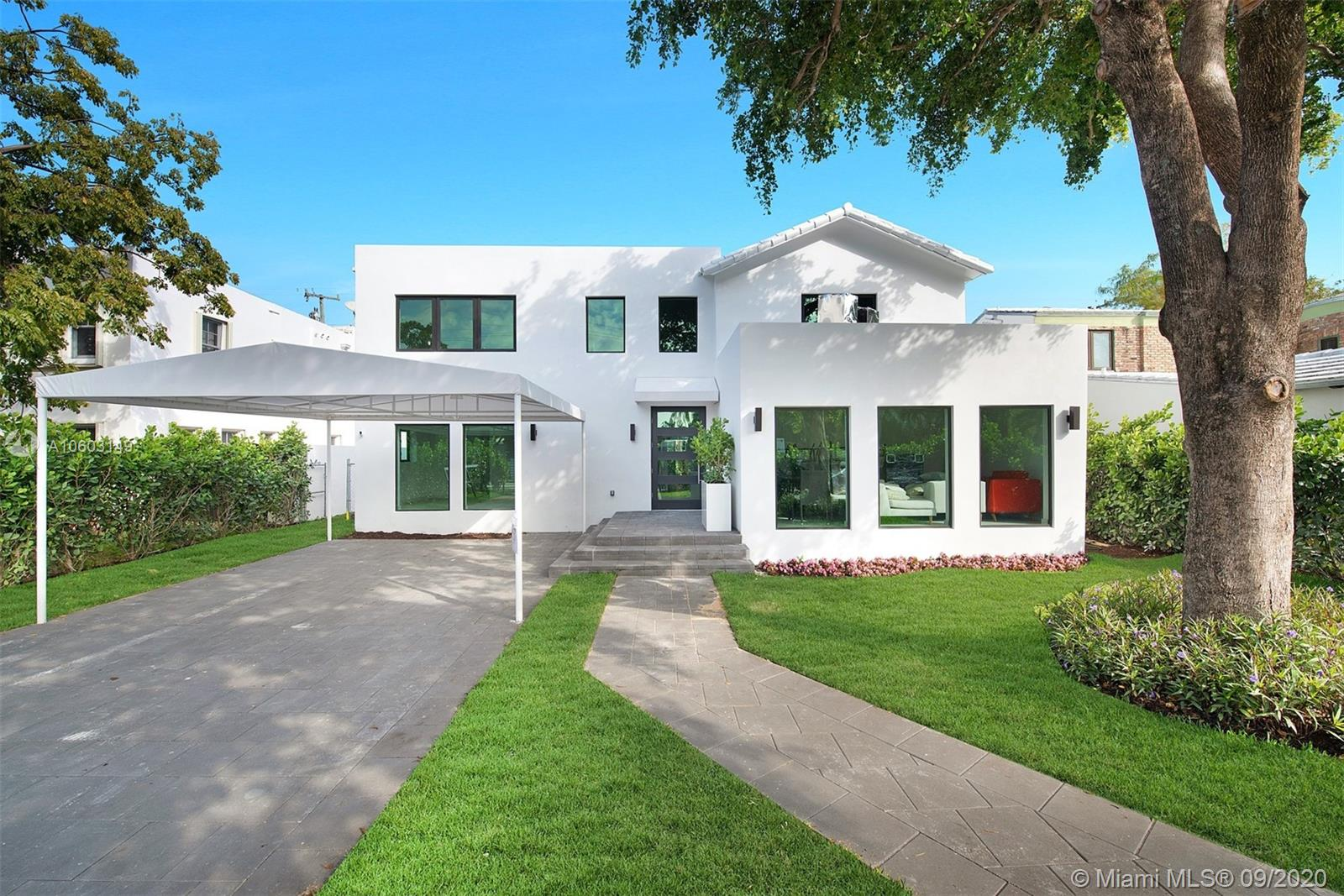 2163 N Bay Rd  For Sale A10603149, FL