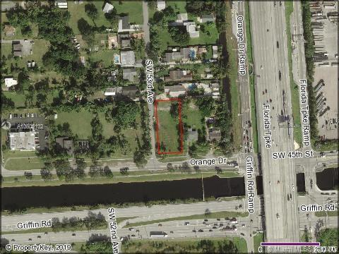 SW 53 Ave  For Sale A10605132, FL