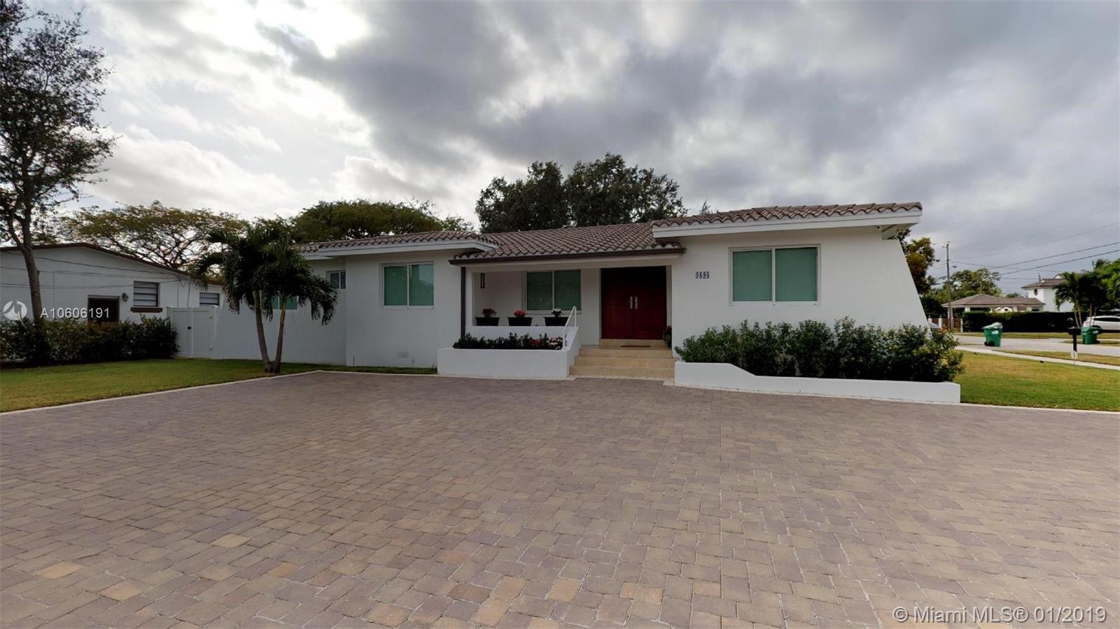 9898 SW 32nd St, Miami, FL 33165