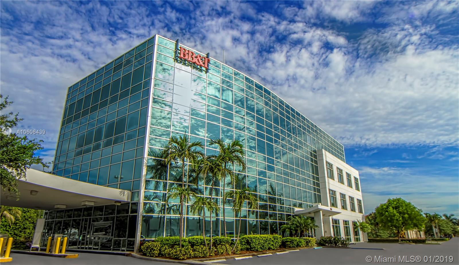 2500 NW 107th Ave #400 For Sale A10606439, FL