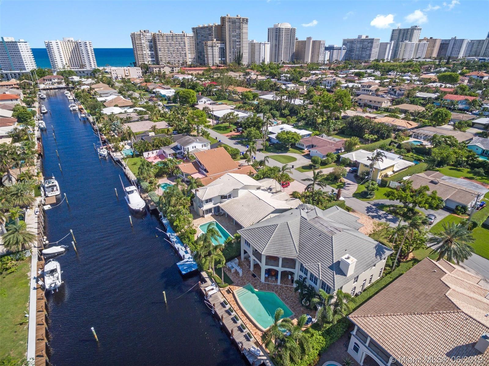 279 Codrington Dr, Lauderdale By The Sea, FL 33308