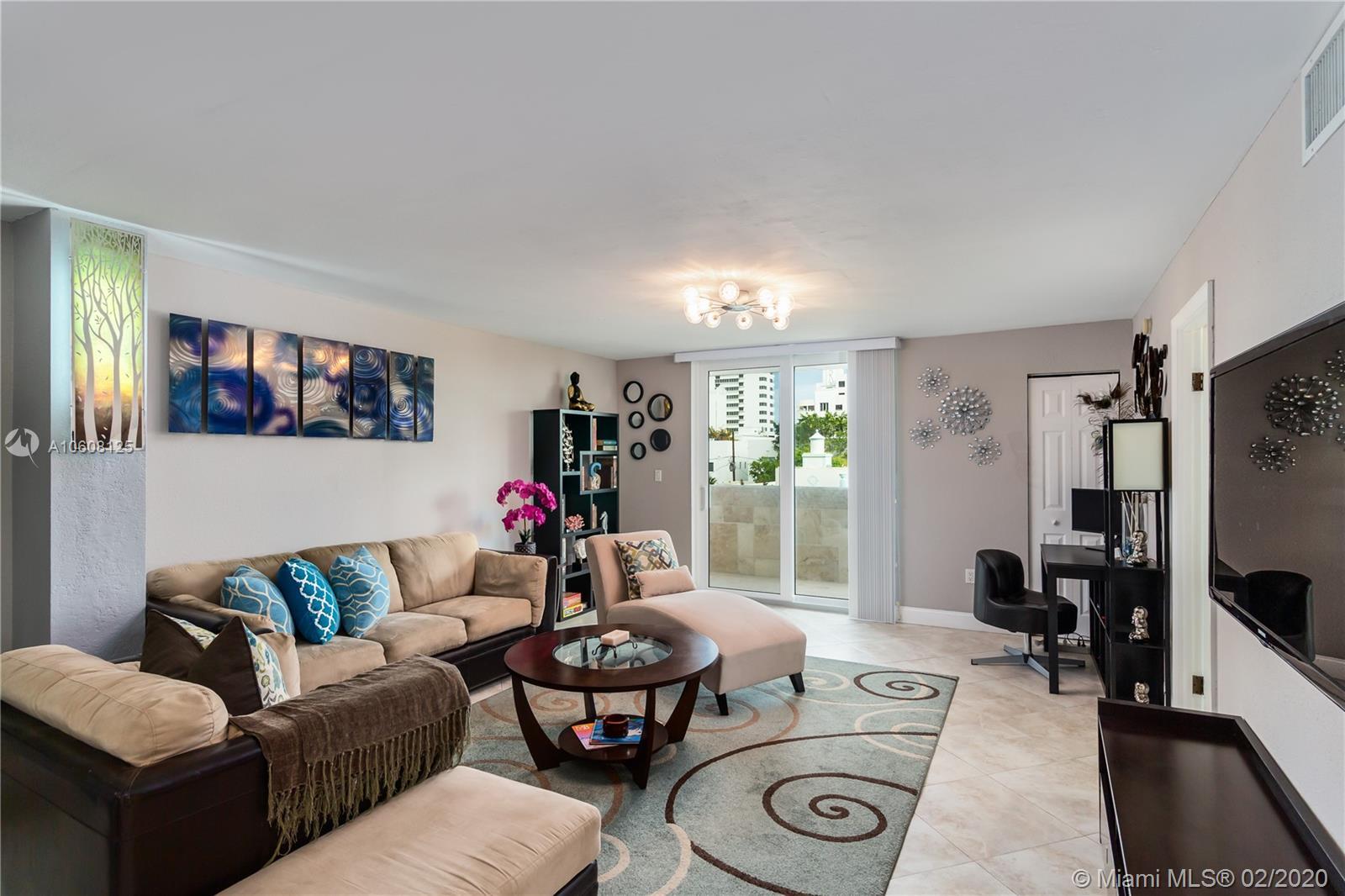 1750  James Ave #4D For Sale A10608125, FL