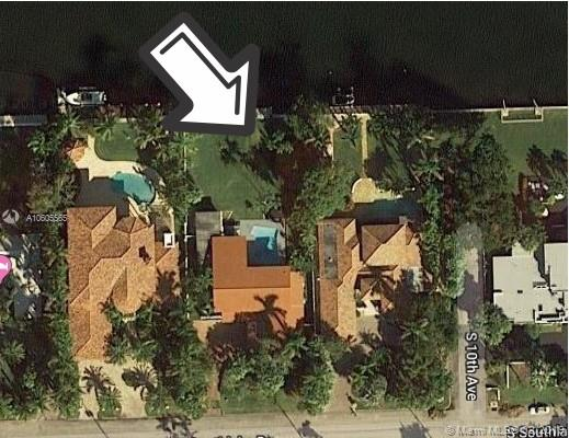 Great opportunity to purchase 2 Story Hollywood lakes home on ocean access lake on the Intracoastal waterway. Dock your large boat behind your home and enjoy the South Florida waterfront lifestyle. Waterfront restaurants less then a minute from the boat dock. Property is located on large lot approx 1/2 acre. Beautiful pool patio area overlooks South Lake. Just minutes to the Famous Hollywood board walk on the beach with dining and shopping.