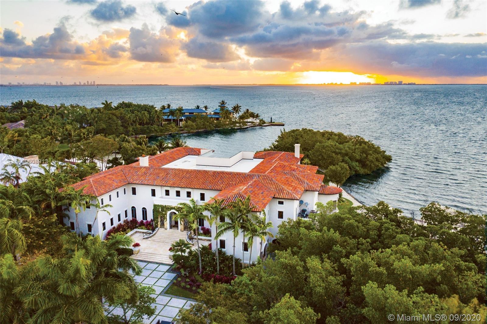 4 Tahiti Beach Island Rd, Coral Gables, FL 33143