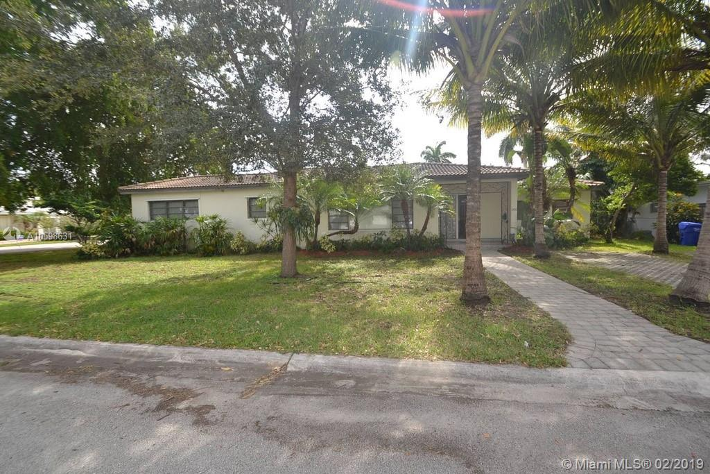1100  Buchanan St  For Sale A10598631, FL
