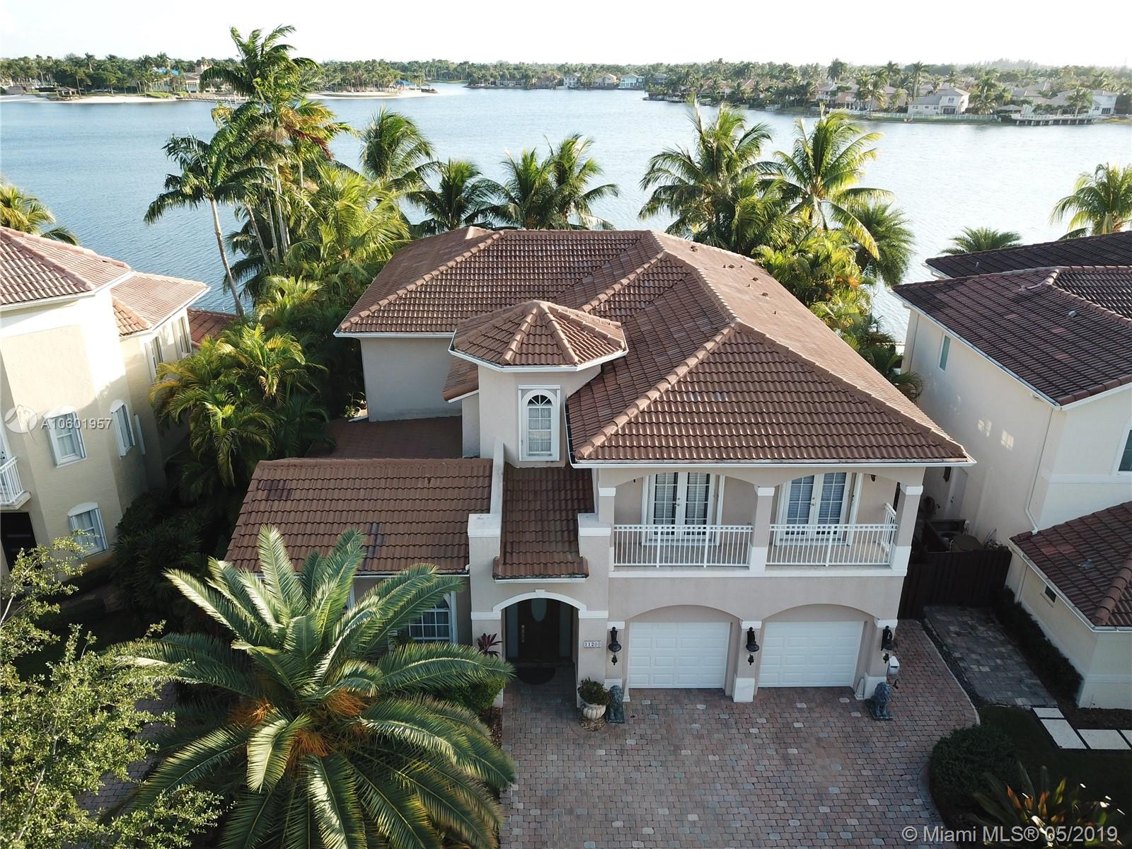 11200 NW 71st St  For Sale A10601957, FL