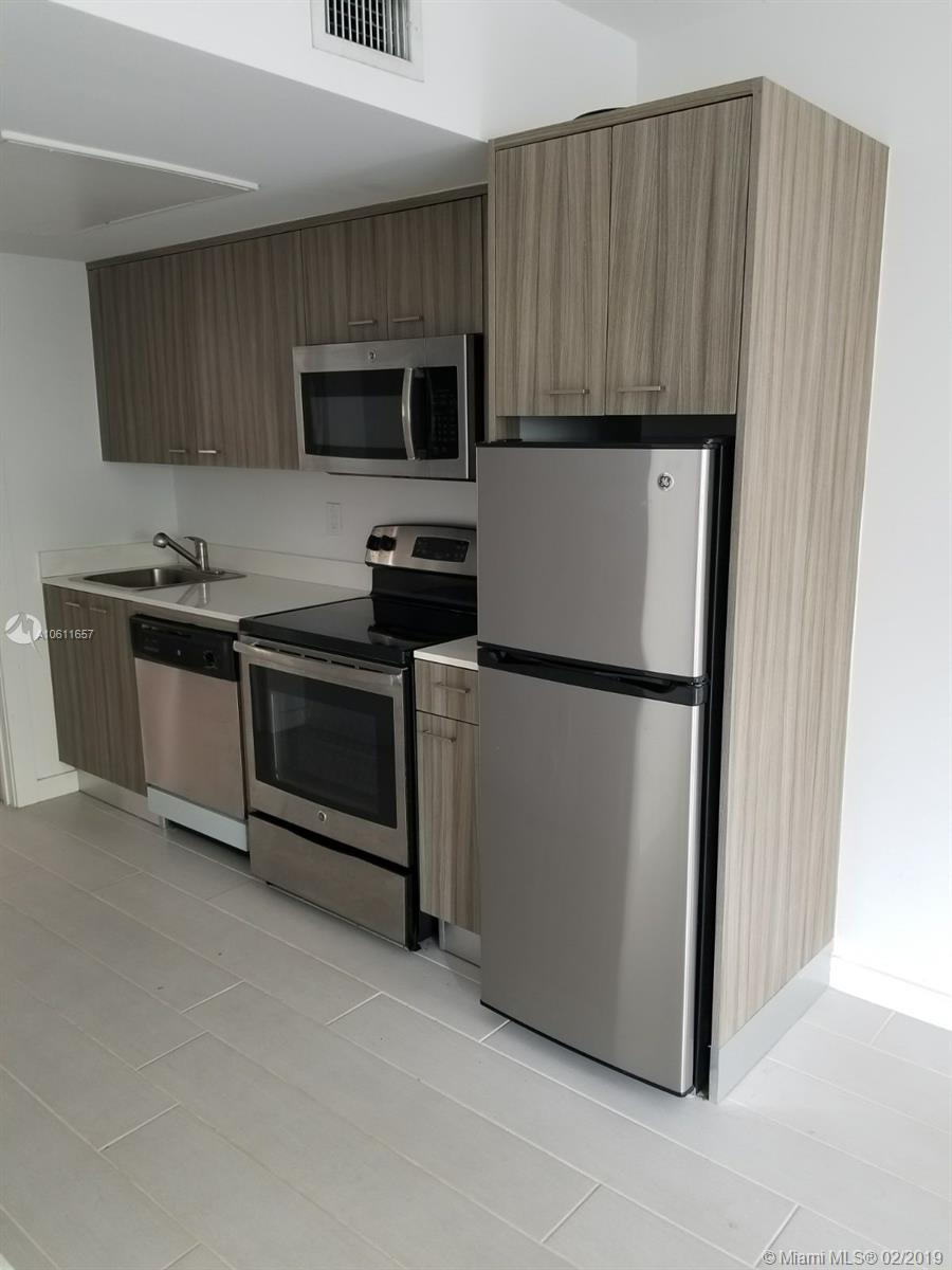 740  Meridian Ave #24 For Sale A10611657, FL