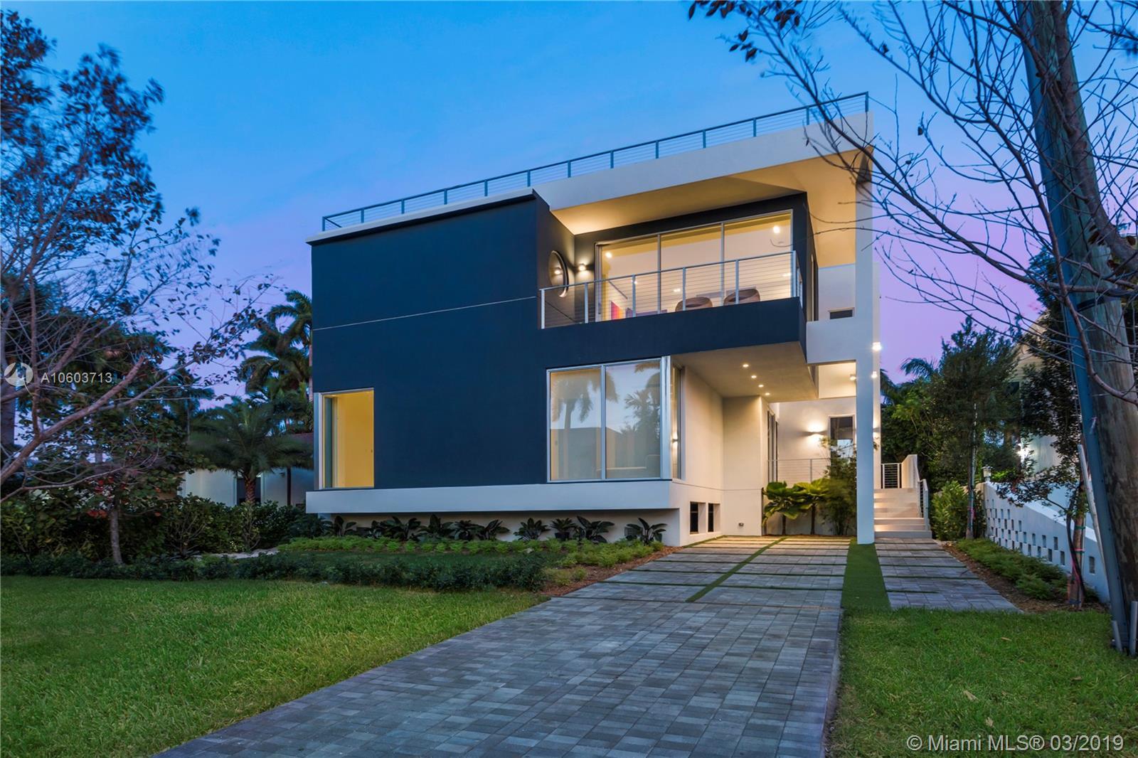 1509 NE 12th Place  For Sale A10603713, FL