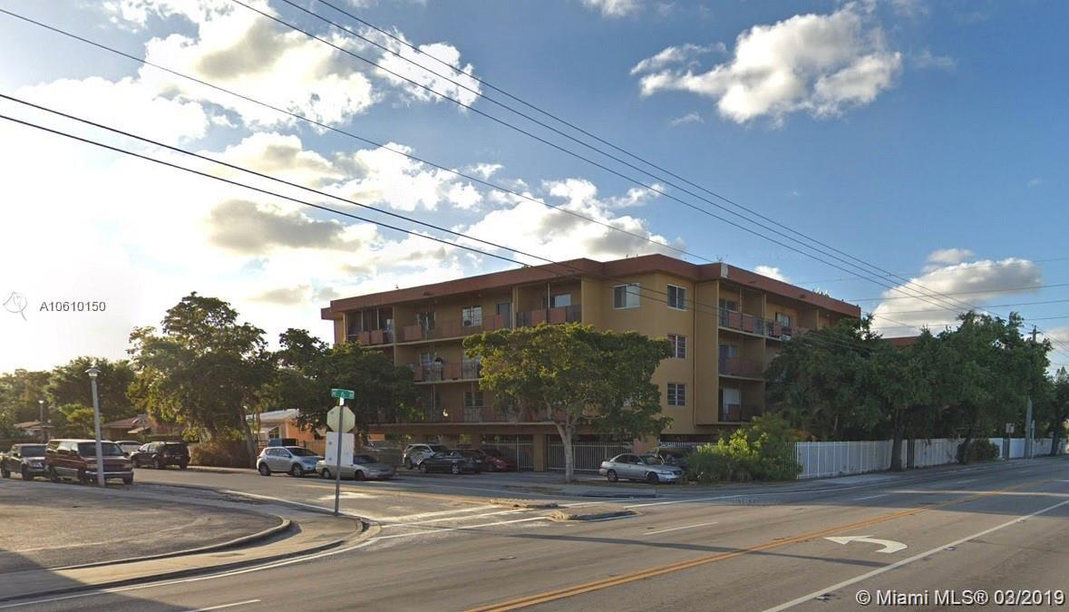 13480 NE 6th Ave #109 For Sale A10610150, FL