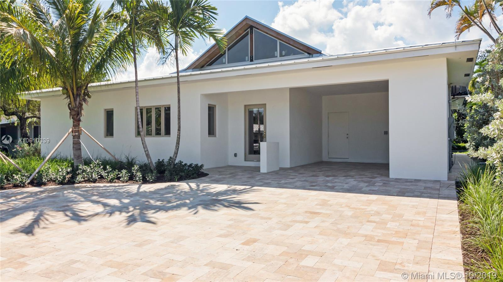1935 NW 3rd Ave, Wilton Manors FL 33311