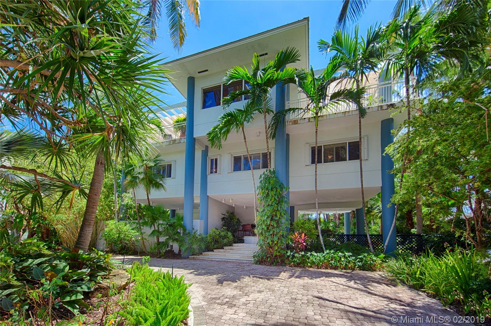 251  Harbor Dr  For Sale A10612956, FL