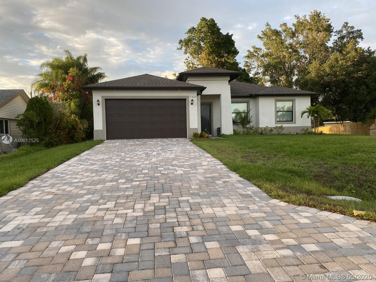 7337 Lobelia Rd, Other City - In The State Of Florida, FL 33967