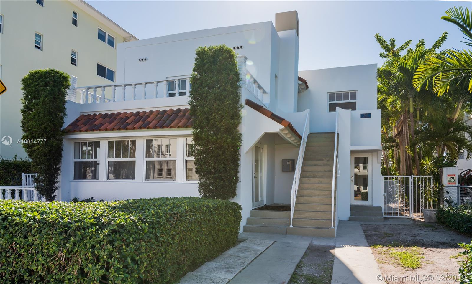 926  15th St  For Sale A10614777, FL