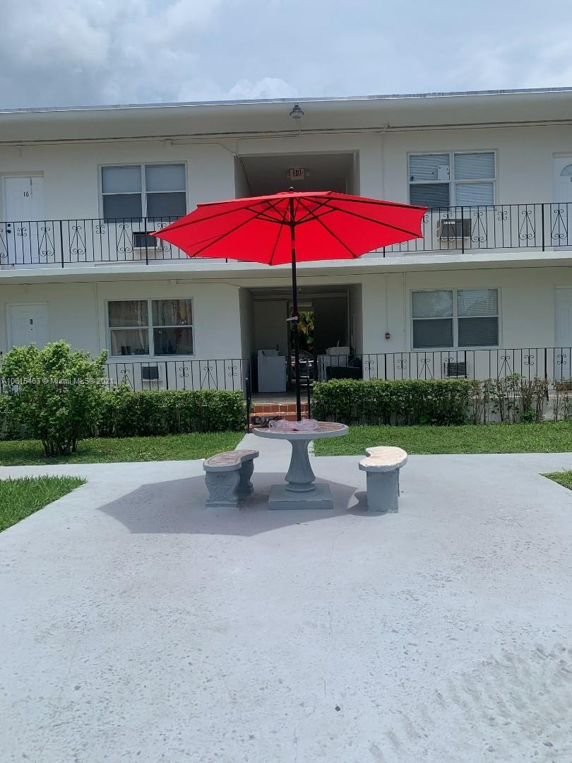 1629 SW 4th St  For Sale A10615463, FL