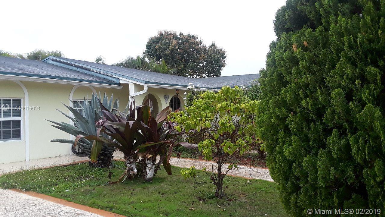 7822 SW 128th PL, Miami, FL 33183