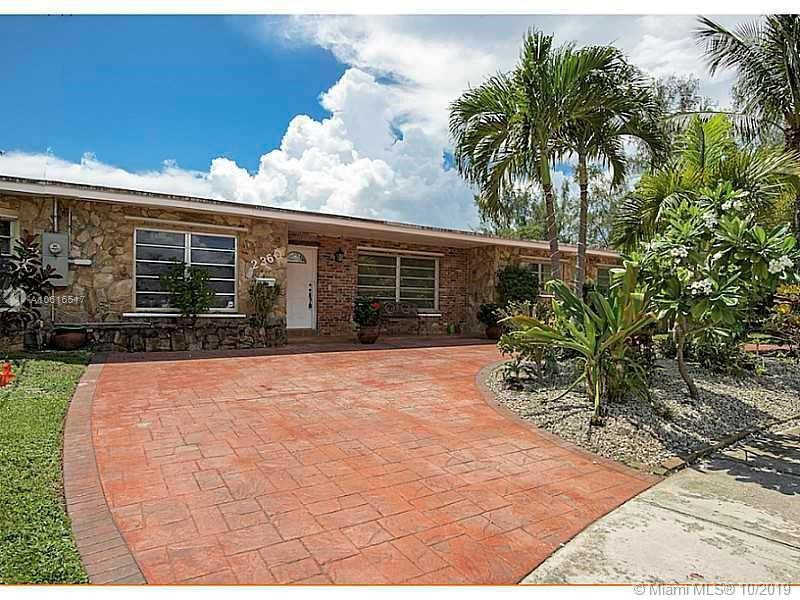 2360 NE 192nd St  For Sale A10616517, FL