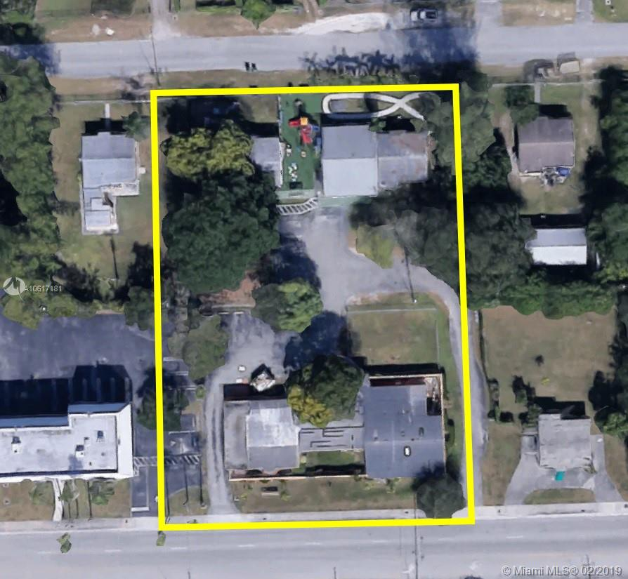 9745 SW 184th St  For Sale A10617181, FL