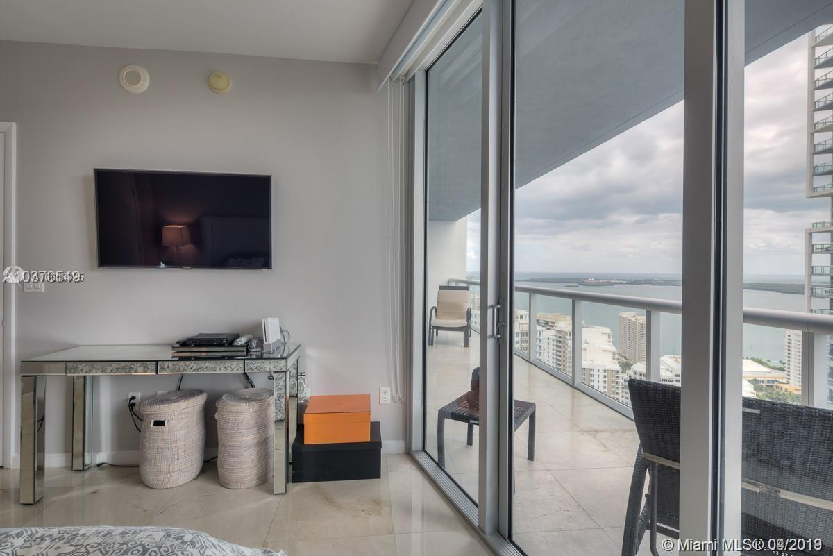 475 SE Brickell Ave #3809 For Sale A10603925, FL