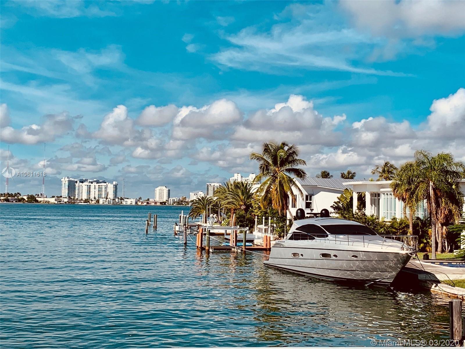 1040 S Shore Dr  For Sale A10611618, FL