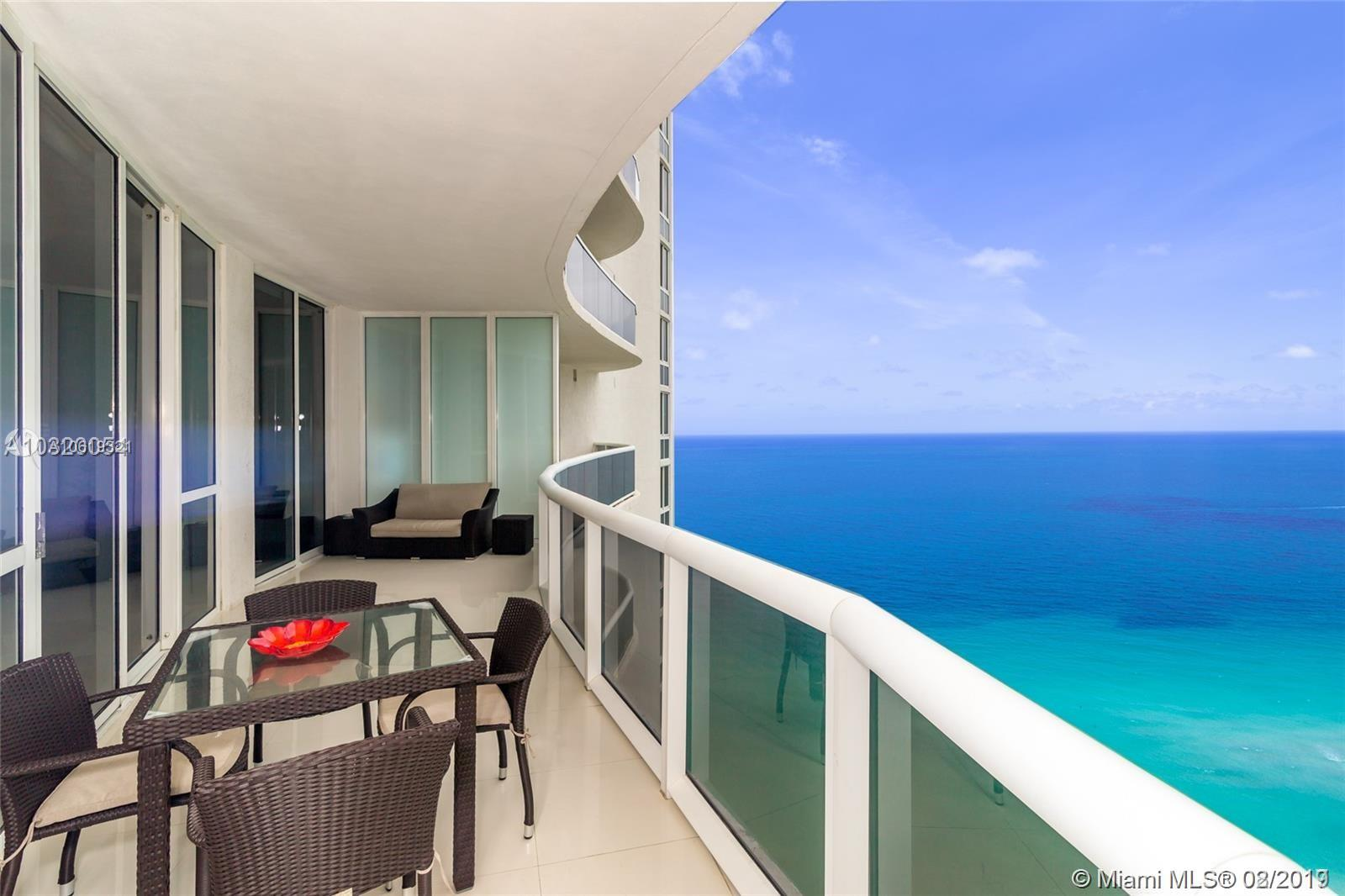 15901  Collins Ave   2807-1