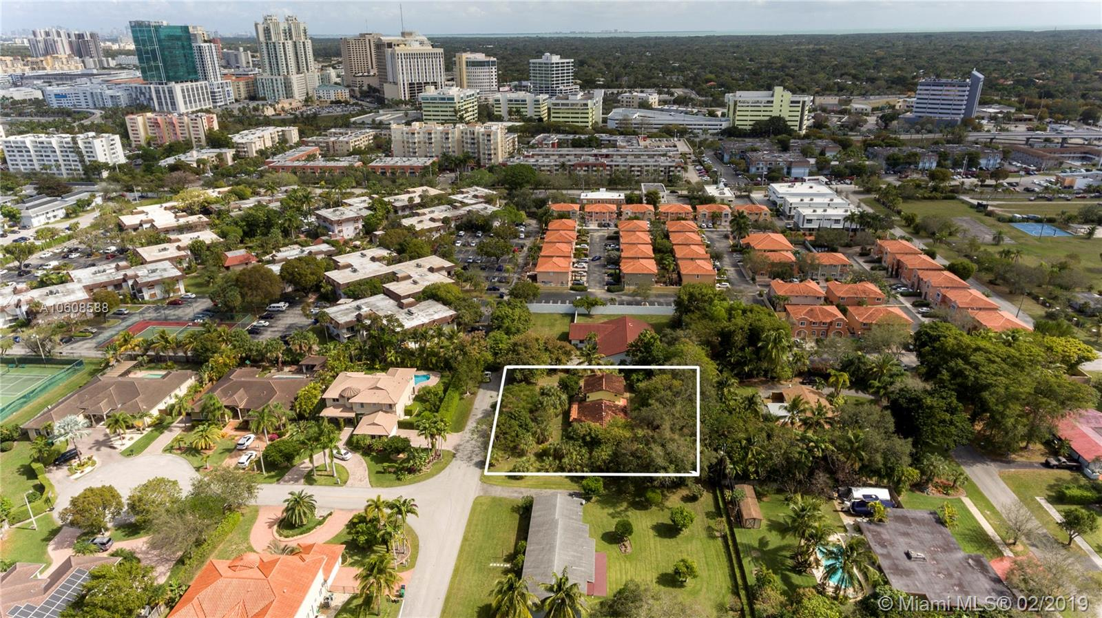 7800 SW 94th St  For Sale A10608588, FL
