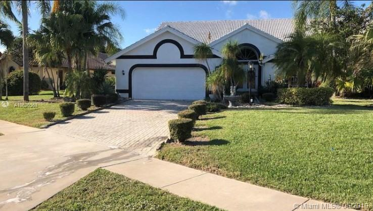 10679 Stonebridge Blvd, Boca Raton, FL 33498