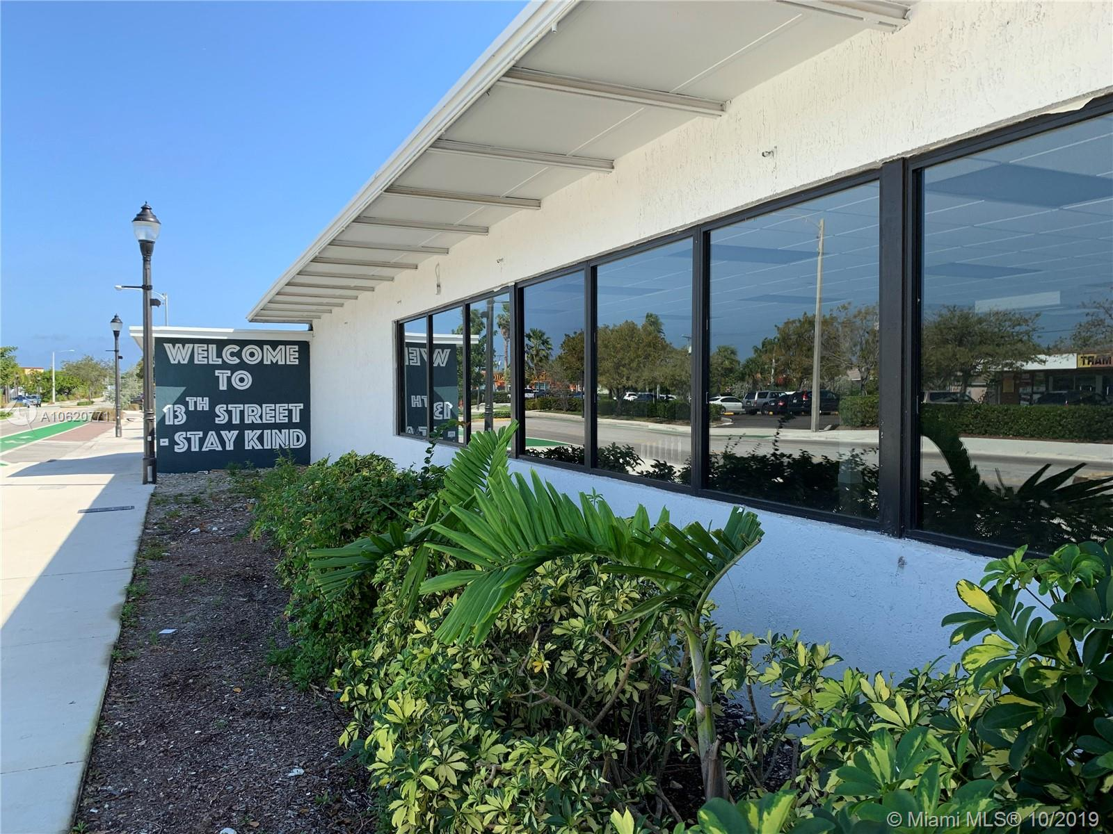 700 NE 13th St  For Sale A10620771, FL