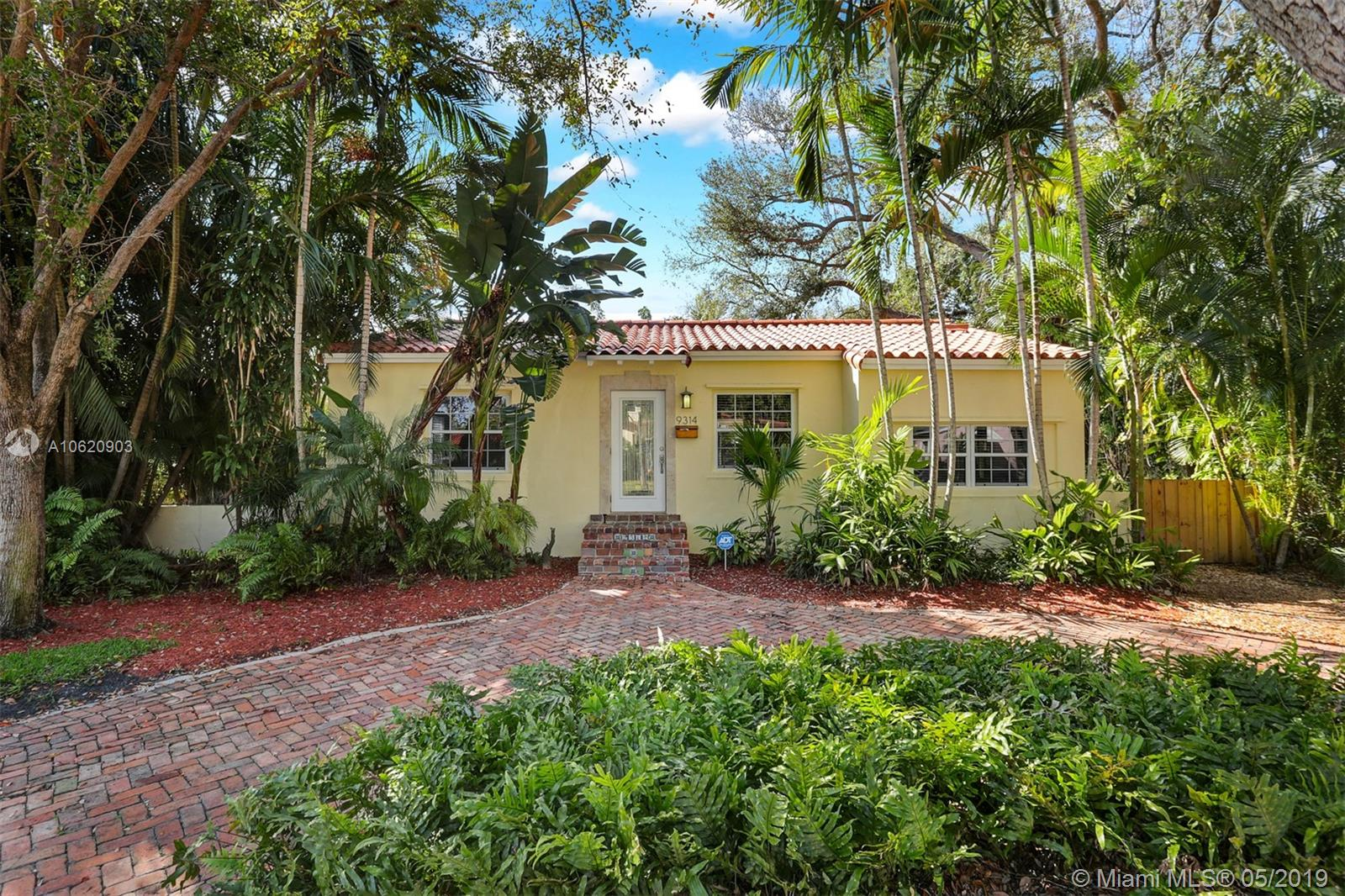 9314 NW 2nd Pl  For Sale A10620903, FL
