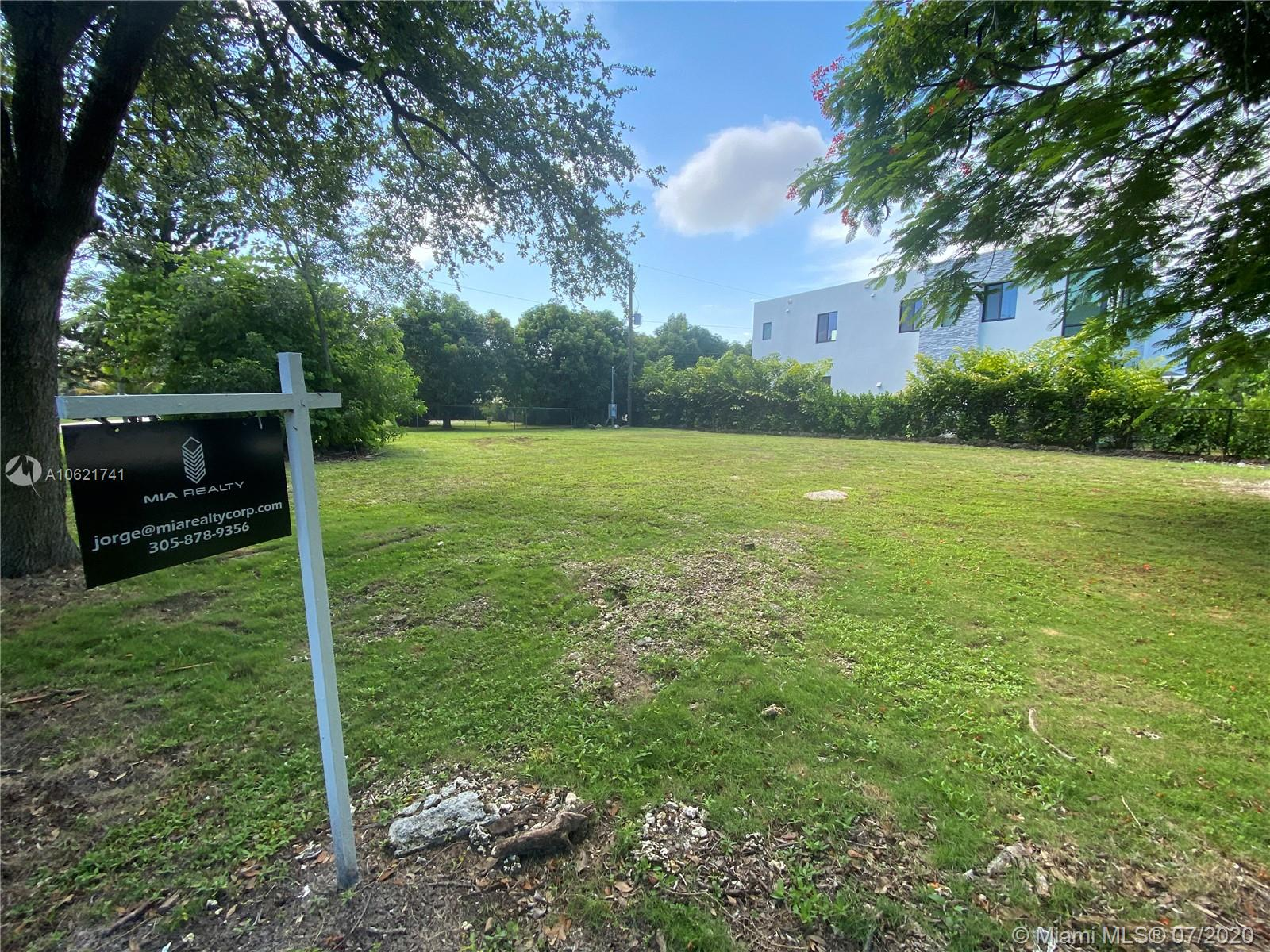 7820 SW 110th St  For Sale A10621741, FL